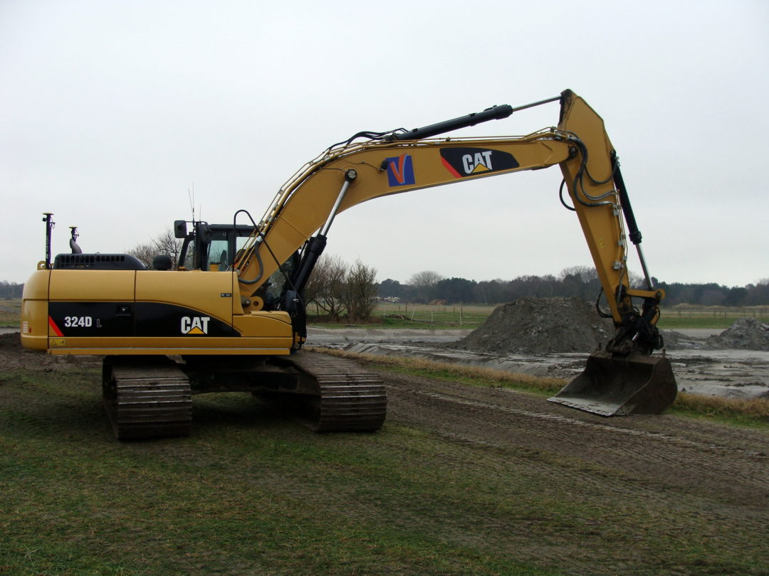 CAT 324 DL + GPS